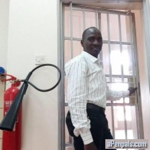 Francis86, Kampala, Uganda